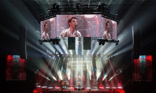 Martin Audio Makes Twin Stage Setup for Stereophonics Tour Possible with MLX Dual Clusters