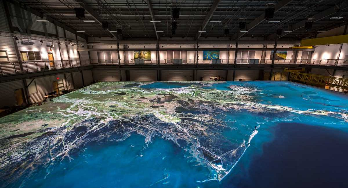 Projection Mapping at LSU Captures America's Coastal Crisis