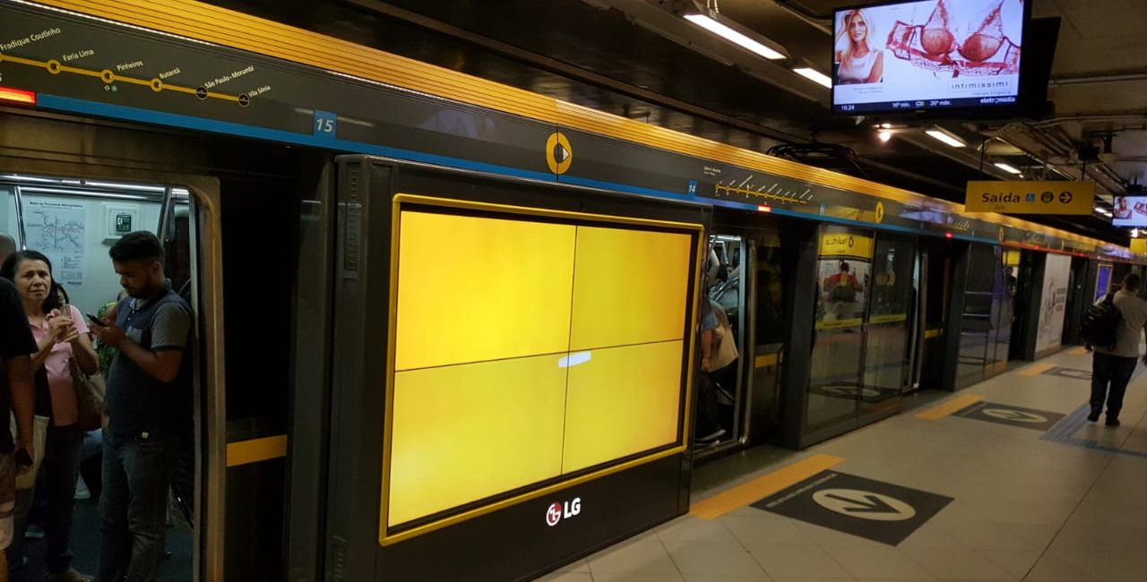AdMobilize Audience Analytics Solution Installed on Main Subway System in Brazil's Largest City