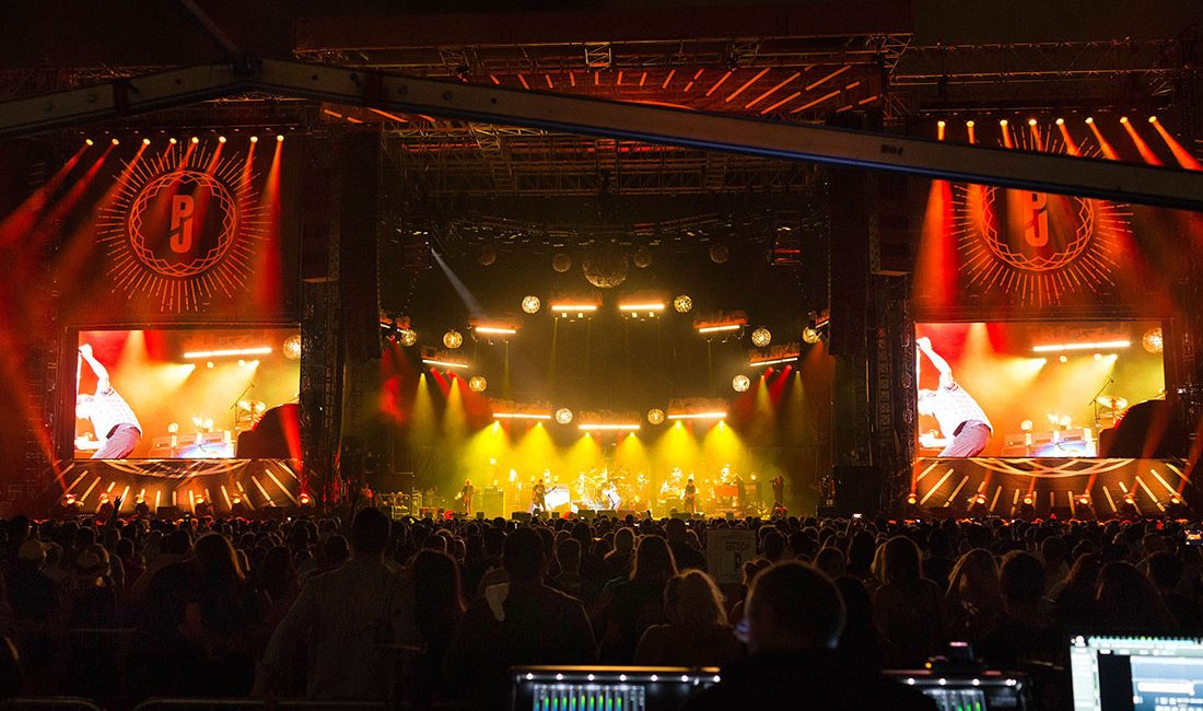 Pearl Jam Away Tour Uses L-Acoustics K1 System at Popular Venues