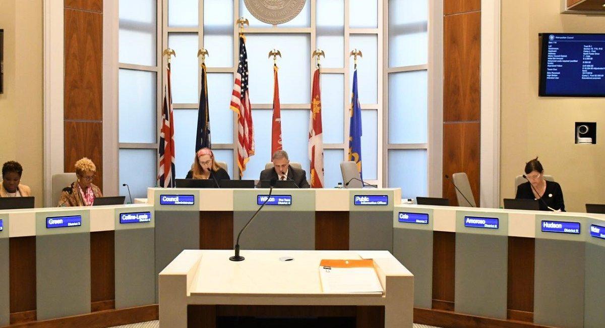 East Baton Rouge Metro Council Board Has High-Tech LED Nameplates