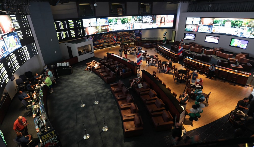 McCann Systems Delivers Unilumin LED Sportsbook to N.J. Casino
