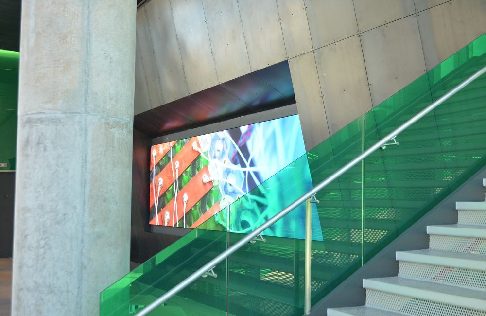 University of Texas at Dallas New Engineering Building Greets Students with Giant NanoLumens LED Display