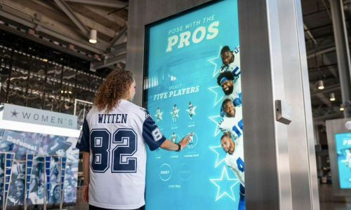 Dallas Cowboys Score Big with Fans Again with Pose with the Pros Feature at AT&T Stadium