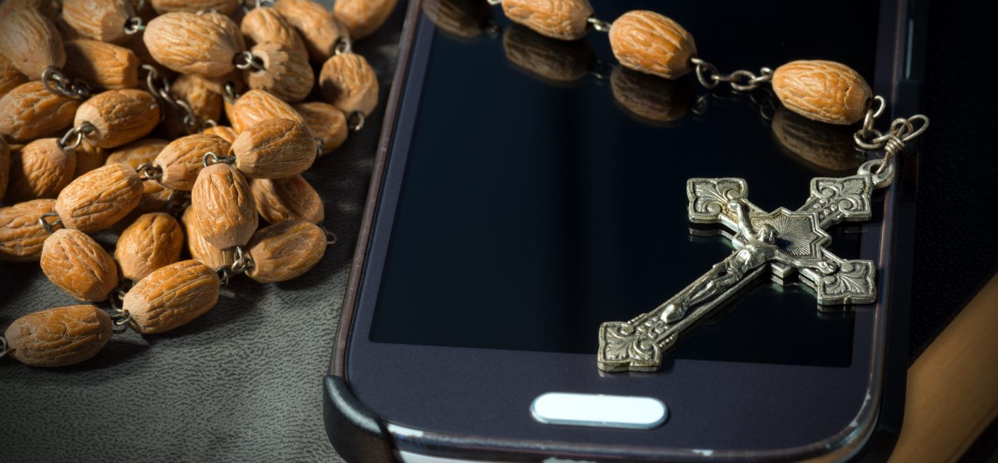 Click to Pray eRosary Brings the Catholic Church to Your Smartphone