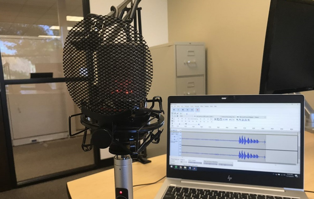 A Review of the MXL 990 Podcasting Mic and Why Integrators Should Podcast - Commercial Integrator